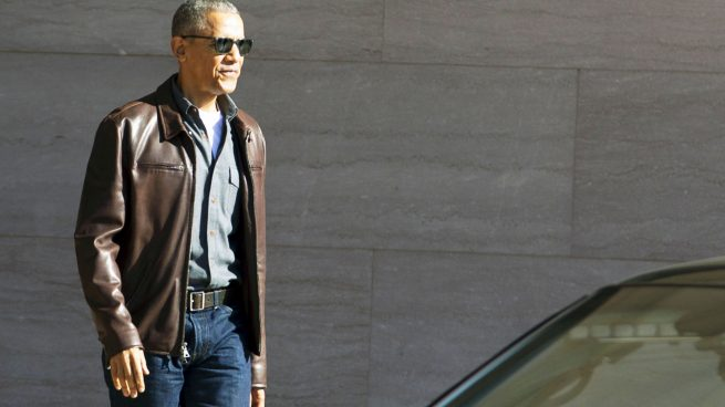 Obama se relaja en el exclusivo resort de Marlon Brando