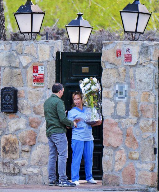 El ramo de orquídeas blancas en la casa de Paula Echevarría/ Gtres
