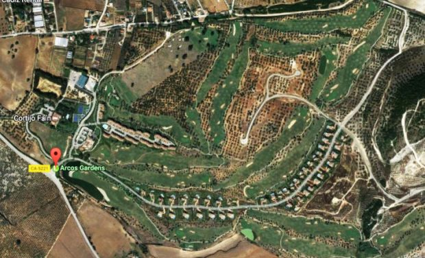 Arcos Garden en Google Maps