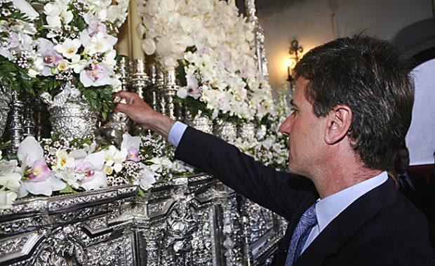 Cayetano Martínez de Irujo durante una Semana Santa /Gtres