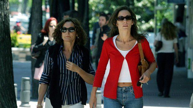 Paloma Rocasolano y Telma Ortiz