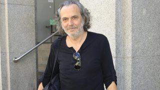 El actor José Coronado a su salida del centro médico / Gtres (Pinchar en la imagen para ver galería)