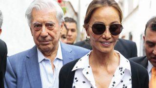 Mario Vargas Llosa e Isabel Preysler en una imagen de archivo / Gtres