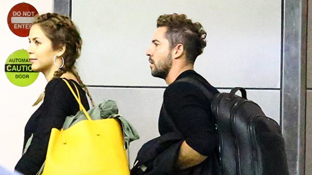 David Bisbal y Rosanna llegan al aeropuerto de Miami /Gtres