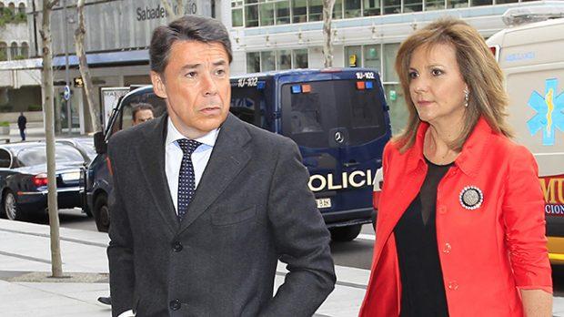 La boda 'sin padrino' de Lourdes González Cavero, hija de Ignacio González