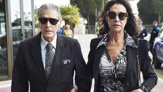 Jaime Ostos y María Ángeles Grajal asistiendo a la misa / Gtres