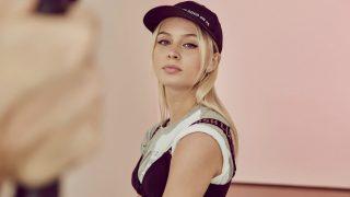 La diva del pop sueca se entrena en el mundo del diseño junto a H&M. / H&M