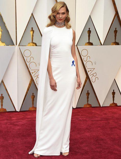 La modelo Karlie Kloss durante la gala de los Oscar en 2017 /Gtres