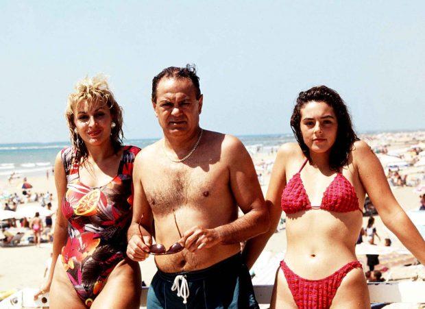 Pedro Carrasco con su hija Rocío y su pareja, Raquel Mosquera /Gtres