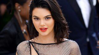 Haz click en la imagen para ver la galería. Kendall Jenner, en la Gala MET/ Gtres