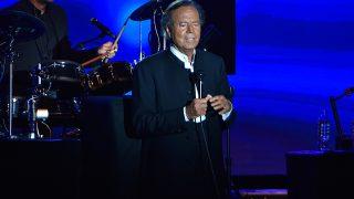 Julio Iglesias durante un concierto en Mónaco / Gtres