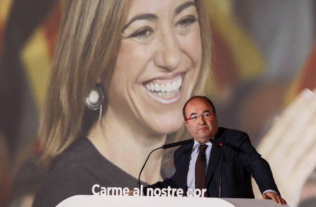 Miquel Iceta durante el homenaje a la recientemente política fallecida Carme Chacón /Gtres
