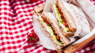 Te contamos todo lo que necesitas para preparar el picnic perfecto. / Gtres