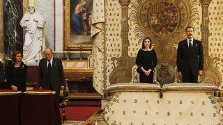 El protocolo Real en el funeral de Alicia de Borbón Parma / Gtres