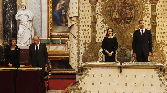 ¿Rompieron la Reina y las Infantas el protocolo?