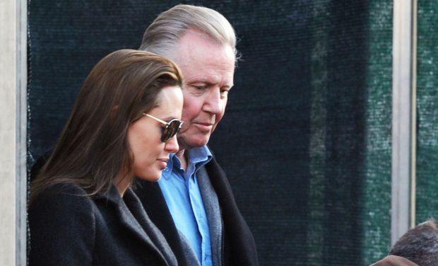 Angelina Jolie con su padre, Jon Voight