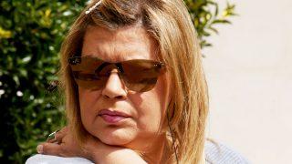 La presentadora Terelu Campos a las puertas de la clínica / Gtres (Pinchar en imagen para ver galería)