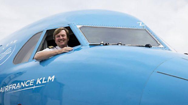 Guillermo de Holanda en el interior del avión /Gtres