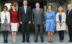 Felipe VI y Letizia con Juan Carlos y Sofia, Manuela Carmena y Dolores Monteserrat en el 40 aniversario de la Fundación 'Reina Sofia' y el 10º del Centro de Alzheimer Reina Sofia