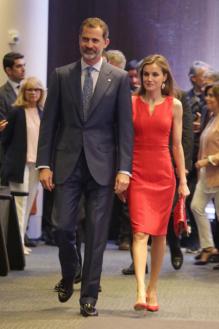 La reina Letizia en la presentación de las Becas La Caixa