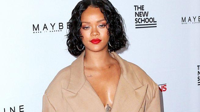 Descubrimos el porqué de los looks imposibles de Rihanna