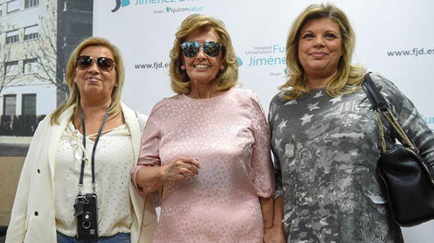 María Teresa Campos con sus hijas