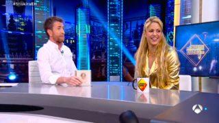 La cantante Shakira y Pablo Motos durante su reencuentro en 'El Hormiguero' /Atresmedia