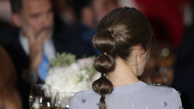 Detalle del peinado de Letizia