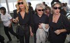 En la Fashion Week Madrid 2008 Pedro Almodóvar acudió a los desfiles con Bibiana Fernández y Rossy de Palma