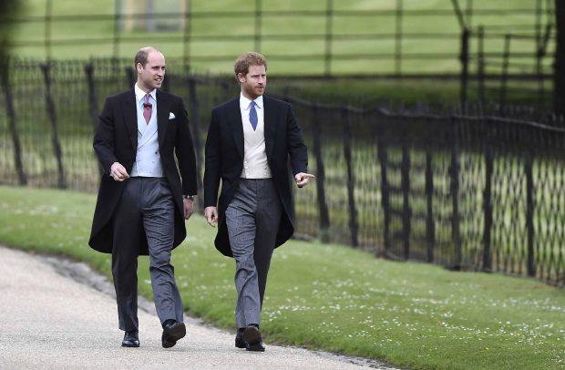 El príncipe Harry y el príncipe Guillermo en una imagen de archivo /Gtres
