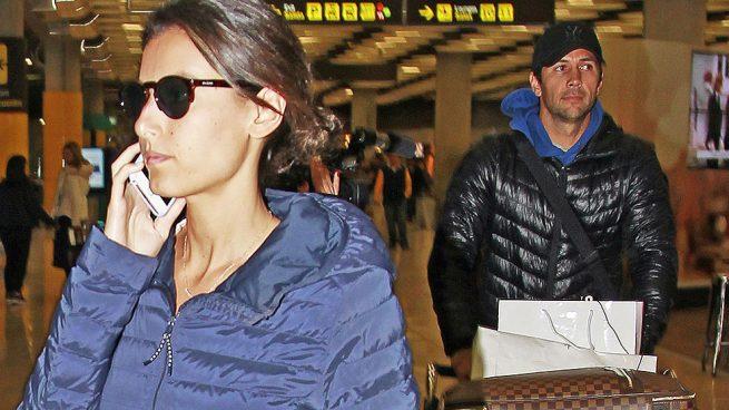 El tenista Fernando Verdasco y Ana Boyer en el aeropuerto