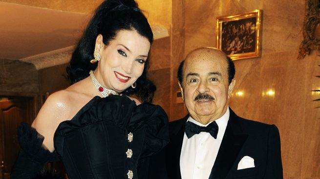 Muere Adnan Khashoggi, el polémico magnate y amigo de Juan Carlos en Marbella