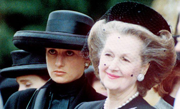 Raine Spencer y Diana de Gales