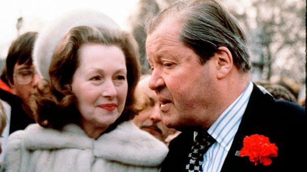 Raine Spencer y su marido el Conde Spencer