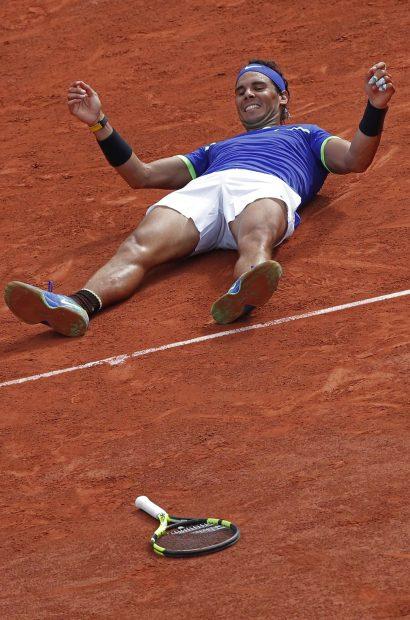Nadal en el momento de su triunfo en el décimo Roland Garros /Gtres