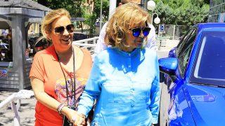 María Teresa Campos y su hija Carmen Borrego llegando al hospital /Gtres (PINCHAR EN IMAGEN PARA VER GALERÍA)
