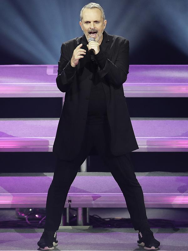 Miguel Bosé en uno de sus últimos conciertos