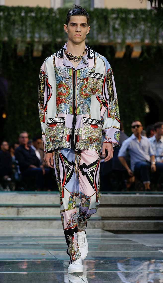 Desfile Versace 2017 Milán