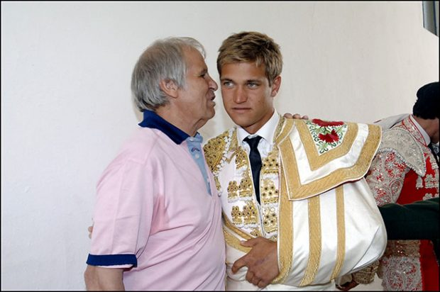 Julio Benítez, Manuel Díaz