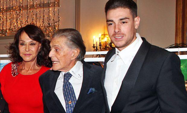 Jaime Ostos con su mujer, María Ángeles Grajal y su hijo Jacobo