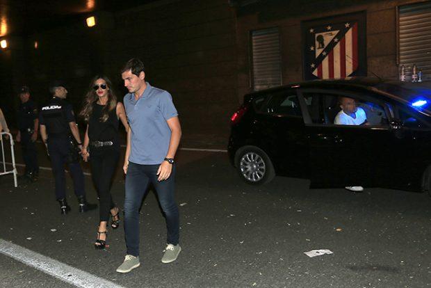 Sara Carbonero e Iker Casillas dan el cante en el concierto de Alejandro Sanz