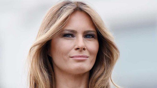 Melania Trump Vestido Rosa