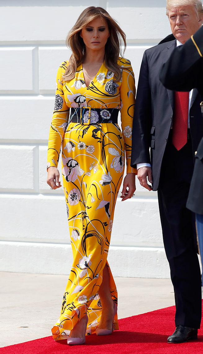melania amarillo