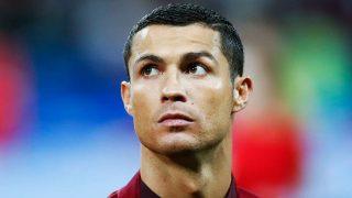 GALERÍA: 14 imágenes que demuestran que Cristiano Ronaldo es un padrazo   PINCHA EN LA IMAGEN