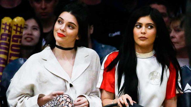 Kendall + Kylie Jenner Camisetas Vintage
