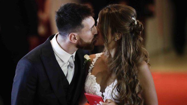 Leo Messi y Antonela Roccuzzo, ya convertidos en marido y mujer