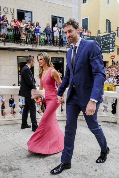 La boda del jugador de baloncesto Sergio Llull y Almudena Cánovas reúne a un 'equipazo' de altura