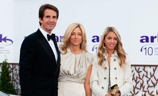 Pablo de Grecia con su mujer Marie Chantal y su hija Olympia
