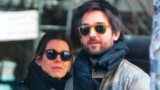 PINCHA EN LA IMAGEN PARA ACCEDER A LA GALERÍA / Carlota Casiraghi y Dimitri Rassam en una imagen de archivo / Gtres