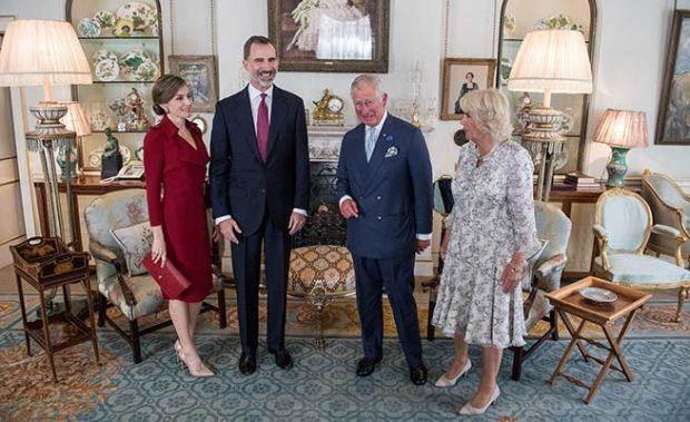 Los Reyes, el príncipe de Gales y Camilla Parker